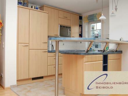 Neufinsing: 2-Zimmerwohnung mit erstklassiger Ausstattung - Immobilienbüro SEIBOLD