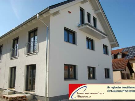 Neuching: Neubau-DHH mit 5 Zimmern - Immobilienbüro SEIBOLD