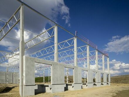 - Provisionsfrei - Neubau einer Logistikimmobilie 18 km vom Autobahnkreuz Deggendorf