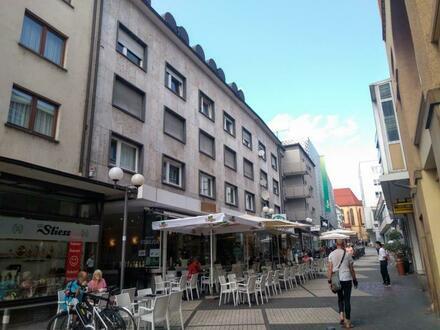 Höll-Immobilien: Top Wohnung im Zentrum, im Oktober noch Mietfrei