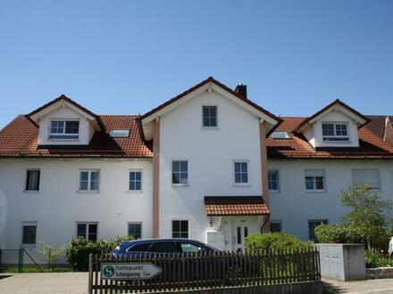 Sonnige 3-Zimmer-Dachgeschoss-Wohnung sucht nette Mieter
