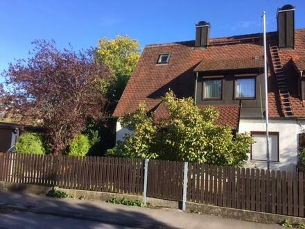 DHH in Fürstenfeldbruck - Verkauf mit Nießbrauchrecht