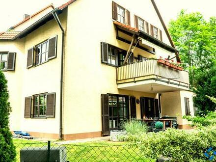 Bildschöne 3-Zi.-Terrassen-ETW in Feucht mit 150 m² Garten