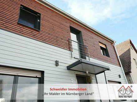Individuell statt 08/15! TOP saniertes Haus mit Einbauküche in idyllisch gelegenem Laufer Ortsteil (Höflas)
