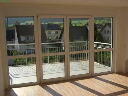 Große 4,5 ETW mit großem Balkon und ausgebautem Spitzboden in gepflegter Wohngegend