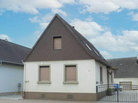 FREI! Sanierungsbedürftiges EFH mit Schuppen und Baulandreserve in zentraler Lage von Eggenstein