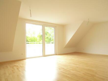 4-Zimmer-Dachgeschoss-Appartement mit Freisitz