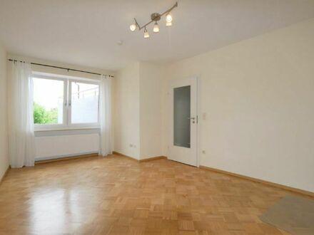 So fängt das Studium gut an: 2 schöne Zimmer in 3er-Wohngemeinschaft in Creidlitz