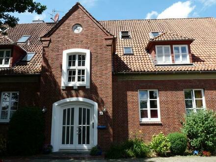 Großzügige Erdgeschosswohnung mit Terrasse
