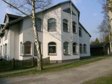 Wohnung mit Grundstücksnutzung