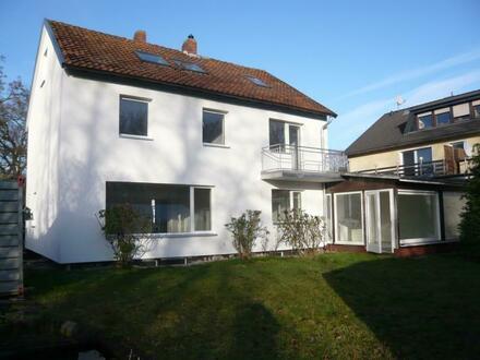 GROß-BUCHHOLZ: Großzügiges Einfamilienhaus zur Miete