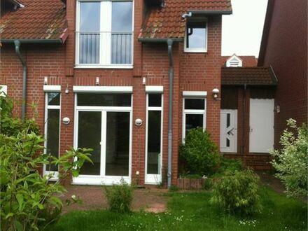 Doppelhaushälfte mit Garage und Teilkeller in ruhiger Lage zur Miete