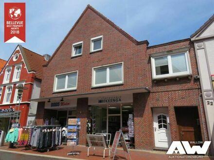 Wohn- & Geschäftshaus in der Norder Fußgängerzone!  2 Ladenlokale, 3 Wohnungen, 7 Garagen!