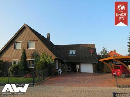 Schönes Einfamilienhaus mit Einliegerwohnung in Osteel