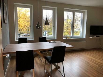 Große Neubau-Wohnung in direkter Alsternähe! 40m² Balkon-Terrasse!
