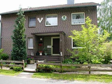 Großzügige Erdgeschosswohnung mit Terrasse und Garten!