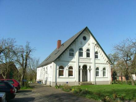 sehr gepflegte 4-Zimmer-ALTBAU-Wohnung im Zweifamilienhaus mit großem Garten