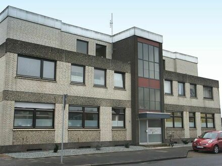 TT Immobilien bietet Ihnen: Möbliertes 1-Zimmer-Apartment in Neuengroden!