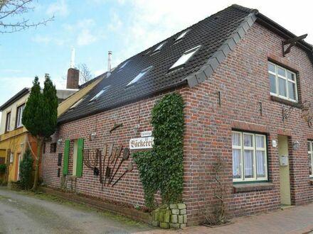 TT Immobilien bietet Ihnen: Kapitalanlage im historischen Ortskern von Neustadtgödens!