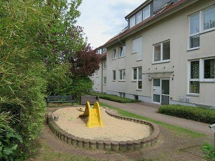 Luxuriöse 3-Zimmer-Eigentumswohnung mit Balkon und PKW-Stellplatz