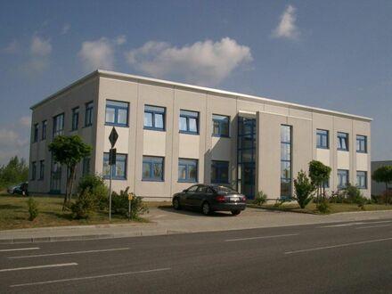 TOP-Büroräume auf 177 m² inklusiv Parkplätze