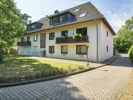 Eigentumswohnung in zentraler Lage, 3 große Zimmer + 40m² Keller + Garage