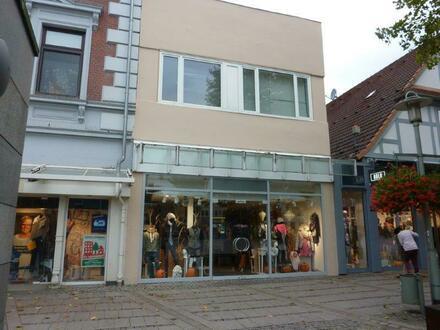 Charmantes Wohn- und Geschäftshaus in Neumünster