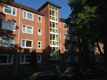 Komplett renovierte 3 Zimmerwohnung mit Balkon im Komponistenviertel sofort frei