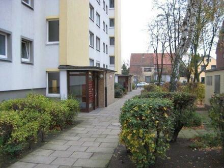 Sebaldsbrück: Helle Wohnung mit Balkon!