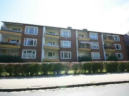Ab sofort: Möbliertes Zimmer in einer 3-Zimmer Wohnung langfristig zu vermieten