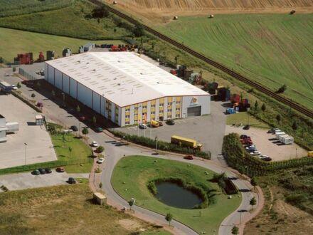 Industrie-/ Lagerhalle mit integriertem Bürogebäude und 3-Zimmer-Whg. in Crivitz bei Schwerin (Meckl.)