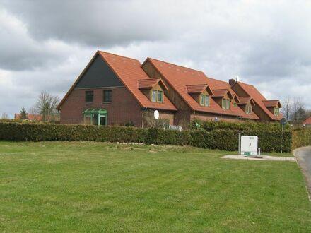 Reihenmittelhaus über zwei Etagen mit Terrasse, Garten