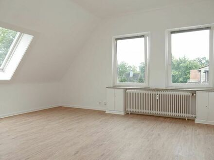 Nähe Eilenriede + Hermann-Löhns-Park + Tiergarten: Großzügige & helle 3-Zimmer-Wohnung