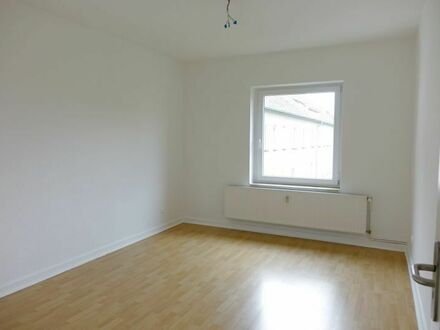 Helle & renovierte 2-Zimmer-Wohnung in ruhiger Lage