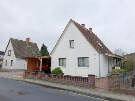 Ruhig + Zentrumsnah: Schnuckeliges Einfamilienhaus mit Carport - PROVISIONSFREI