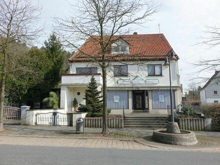 Zentral gelegenes Wohn- & Geschäftshaus (1 GE, 1 WE) - PROVISIONSFREI