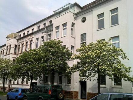 Hochparterre: 3-Zimmer-Wohnung nähe Rathaus