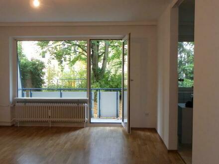 8401.100305 Ruhige, geräumige 1-Zimmer-Wohnung mit Balkon