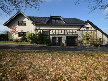 Wunderschönes Wohnhaus mit schöner Natursteinterrasse, Garten, Doppelgarage und Atelier Bad Münstereifel