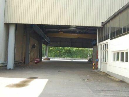 2 Lager-/Produktionshallen mit Kranbahnen