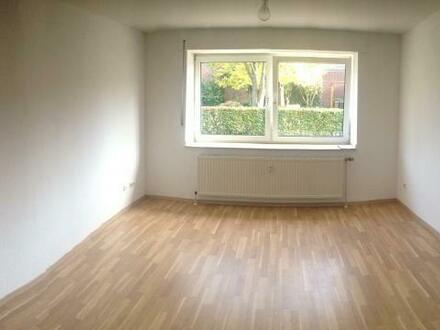 1-Zimmer-Apartment mit separatem Abstellraum in ruhiger Vorortlage