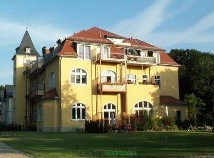 Traumhafte DG-Wohnung in Parkidylle in Lindenau!