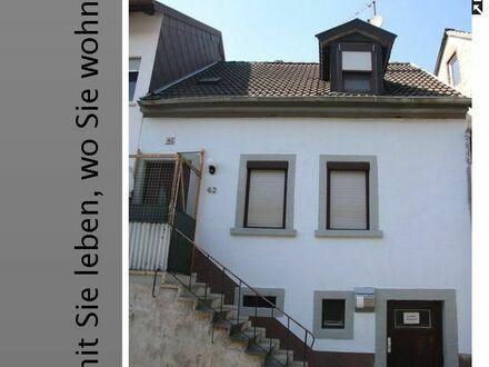 Kleines EFH mit Rückanbau & renovierungsbedürftiger Dachterrasse
