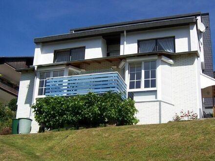 Geräumiges Wohnhaus mit Einliegerwohnung an einer ruhigen Anliegerstraße Nähe Gummersbach-Derschlag