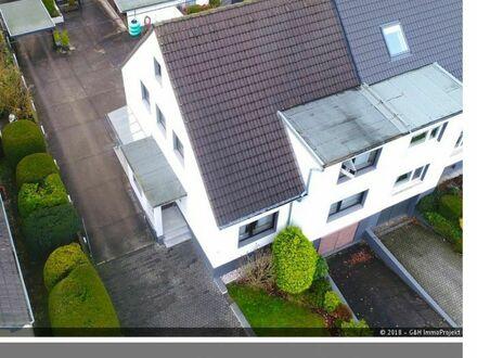 ! Ihr neues Zuhause ! Doppelhaushälfte in beliebter Wohnlage von Bonn-Holzlar