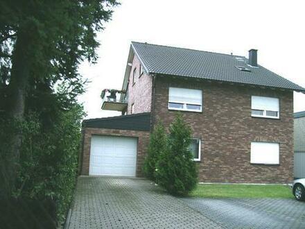 sehr gut ausgestattete 3 ZKDB-Wohnung mit Balkon in ruhiger Lage von Düren-Rölsdorf
