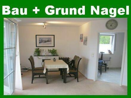 Provisionsfrei! Moderne Wohnung mit Einbauküche, Balkon, Garage etc. in zentrumsnaher Lage
