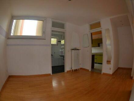 2 Zimmer Wohnung zum direkt einziehen im Urbach