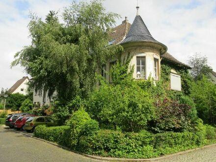 Gemütliche DG-Wohnung mit eingerichteter Küche in der Gartenstadt-Süd !