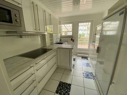3-Zi.-Wohnung im 1. OG mit EBK und Dachterrasse in absolut zentraler Wohnlage von BN-Beuel